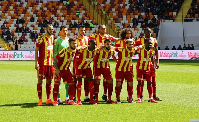 Evkur Yeni Malatyaspor'da moraller yerine geldi