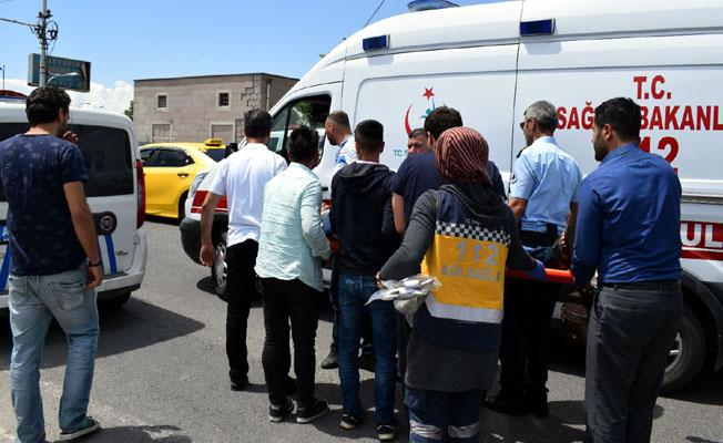 Çevre yolunda 2 ayrı kaza: 2 yaralı, Hekimhan'da traktör devrildi: 1 ölü!