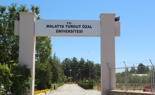 Turgut Özal Üniversitesi bin 45 öğrenci alacak!