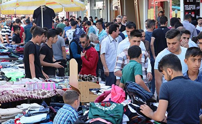 Malatya'da çarşı pazar doldu taştı