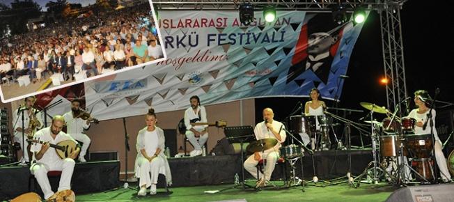 14. Uluslararası Arguvan Türkü Festivali'ne büyük ilgi!