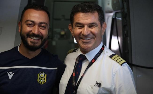 Malatyalı pilottan Yeni Malatyaspor'a anonslu jest