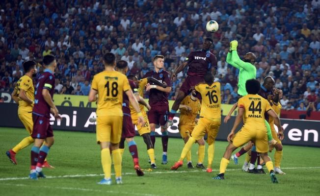 Yeni Malatyaspor Trabzon deplasmanından 2-1 mağlup ayrıldı!