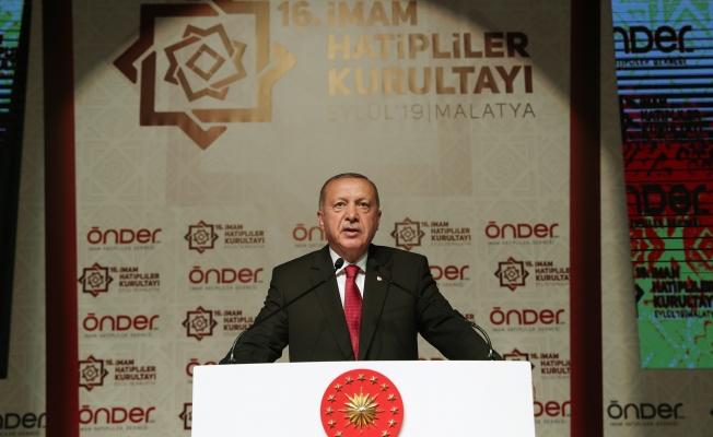 """""""28 Şubat'ı hatırlatan uygulamalara imza atılıyor"""""""