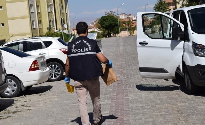 Malatya'da 1 kişi otomobil yanında ölü bulundu