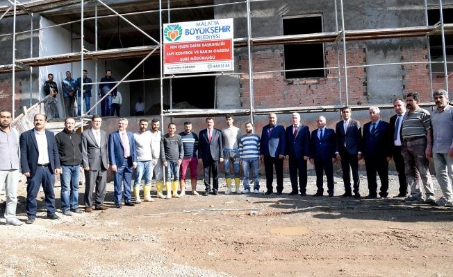 Başkan Gürkan, Yeni İtfaiye Merkezi inşaat çalışmalarını yerinde inceledi