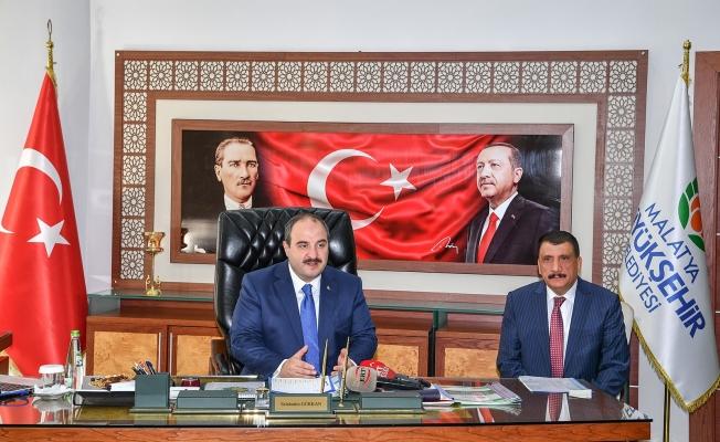 Bakan Varank'dan Başkan Gürkan'a ziyaret