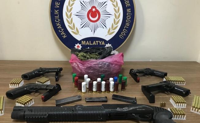 Malatya'da silah ticareti yapan 6 şüpheli yakalandı!