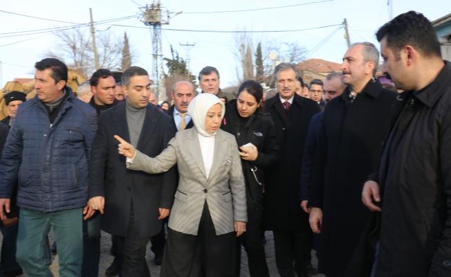 Bakan Abdulhamit Gül deprem bölgesinde!