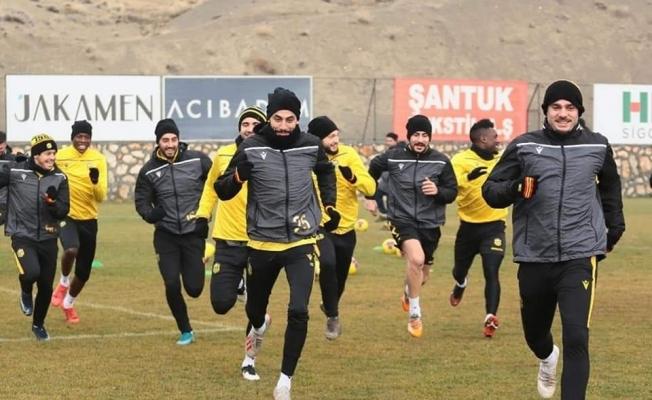 Yeni Malatyaspor, Arnavutluk takımı Kukesi ile hazırlık maçı oynayacak