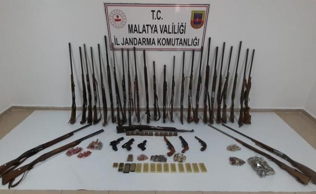 Malatya'da silah ve mühimmat kaçakçılığından 7 gözaltı!