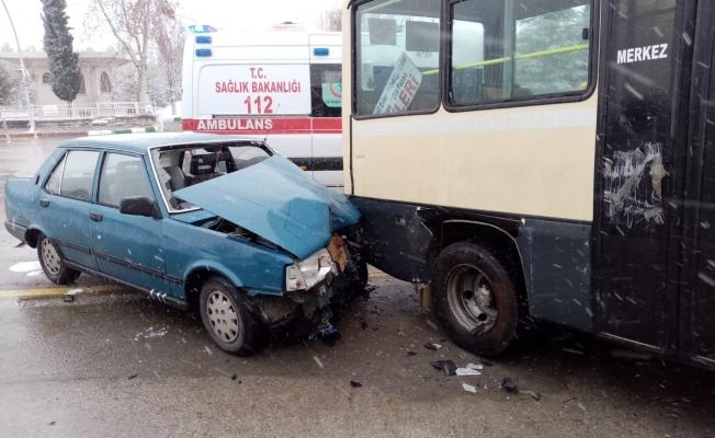 Malatya'da trafik kazası: 3 yaralı!