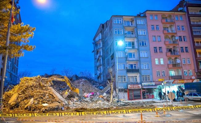 Malatya'da acil yıkılacak 20 bina bulunuyor