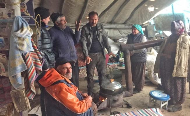 Mahsur kalan yaylacıların yardımına Büyükşehir Belediyesi koştu!