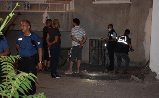 Malatya'da pencereden düşen şahıs yaralandı