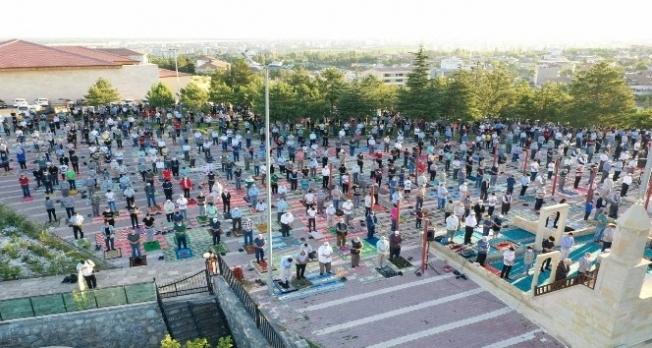 Yeşilyurt Namazgah'ta Kurban Bayramı namazı heyecanı yaşandı
