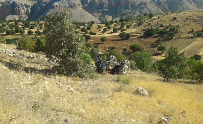 Malatya'da feci kaza, traktör şarampole uçtu: 1 ölü
