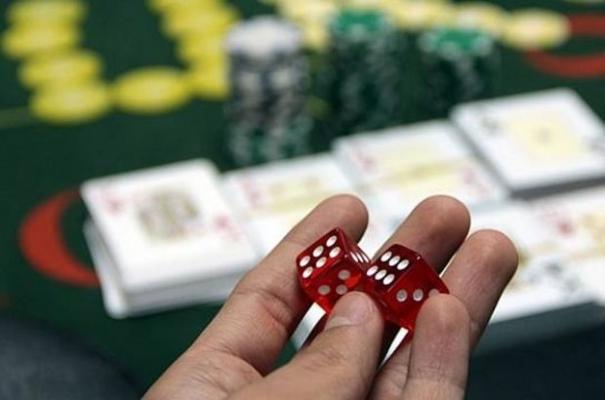 Malatya'da kumar operasyonu! 4 şahsa 8 bin 575 TL idari para cezası!