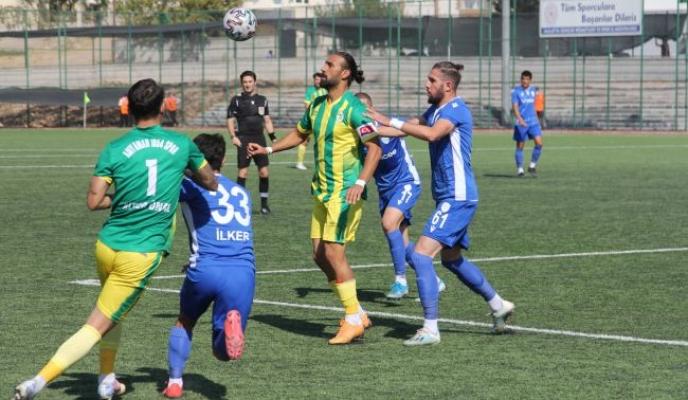 Yeşilyurt Belediyespor kupada Adıyaman'ı yendi, turladı