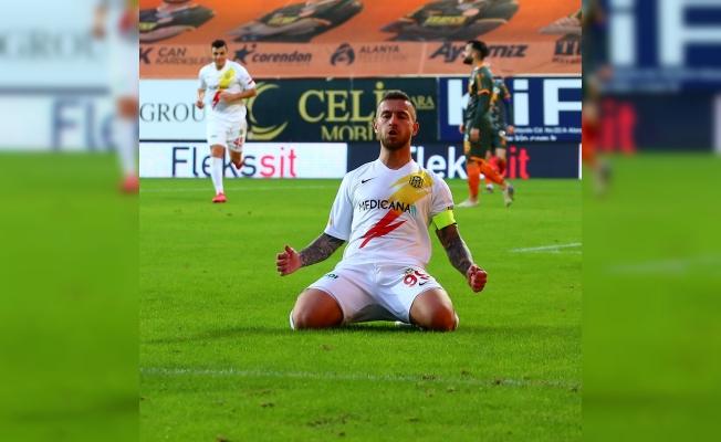 Kaptan gollerine devam ediyor… 10 maçta 7 gol!