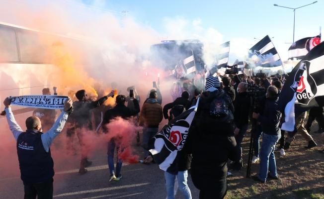 Beşiktaş'a Malatya'da coşkulu karşılama