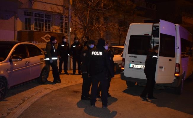 Malatya'da iki grup arasında kavga: 1 ölü 2  yaralı