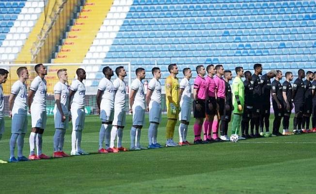 İsteksiz oynanan maç! Sonuç beraberlik: 0–0