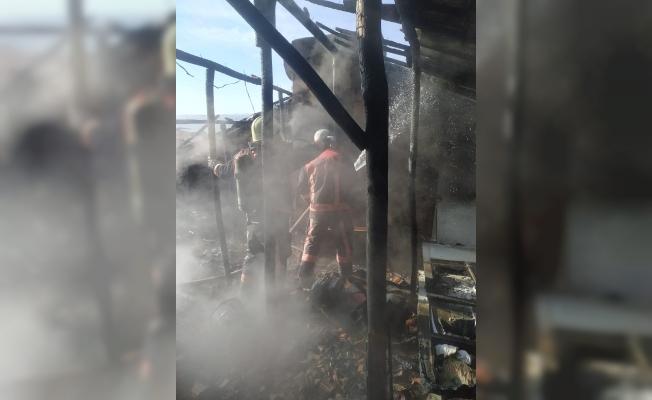 Malatya'da çatı yangını! Neyse ki ucuz atlatıldı…