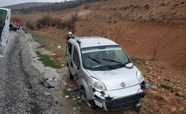 Malatya'da Kaygan yol kazaya neden oldu: 1 ölü, 3 yaralı