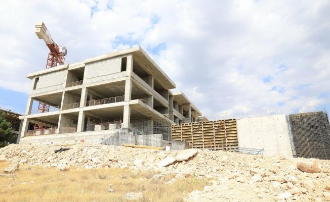 """Güder: """"Battalgazi'mize modern bir okul daha yapılıyor"""""""