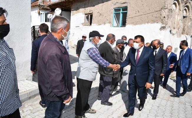 Başkan Gürkan mahalle sakinleri ile bir araya geldi