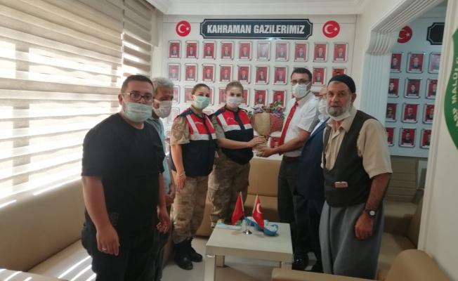 """Jandarmadan """"Gaziler Günü ve Haftası"""" ziyareti"""