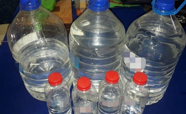 Malatya'da İş yerinde 15 litre kaçak alkol ele geçirildi
