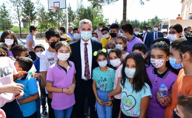 """""""Öğrenmeye Hoş Geldin"""" projesi Dilek Mahallesi'nde hayata geçirildi..."""