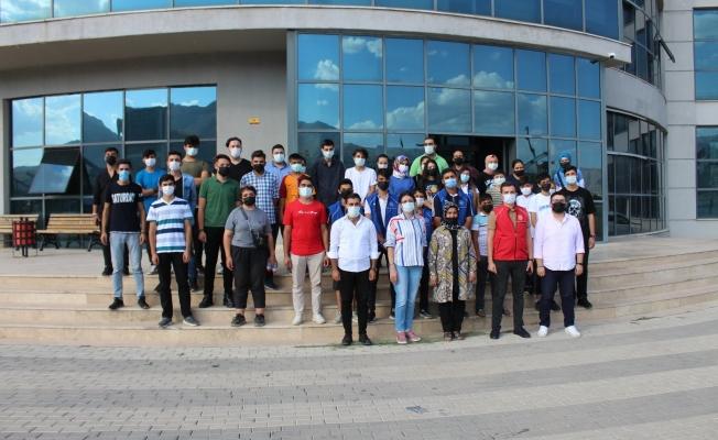 Teknoloji meraklısı gençlerden ''Teknokent'' ziyareti
