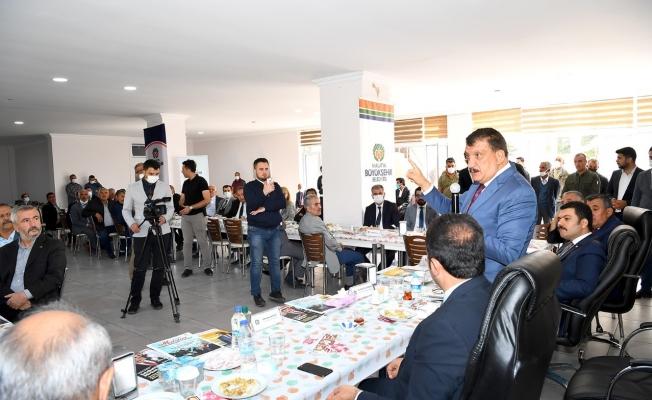 Başkan Gürkan Kuluncak'ta alt ve üst yapı çalışmalarını inceledi