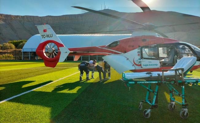 Kan kaybeden şahsın imdadına hava ambulansı yetişti