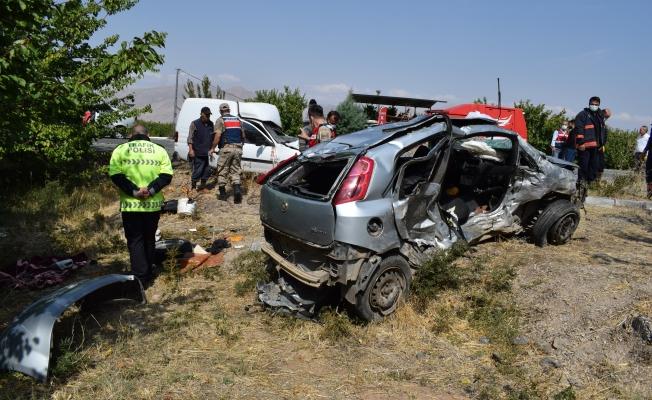 Katliam gibi kazada ölü sayısı 5'e yükseldi ! 1'i polis memuru!