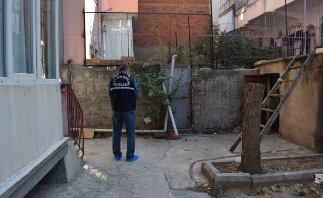 Malatya'da baba dehşeti! Oğlunu turşu kavanozuyla ağır yaraladı!