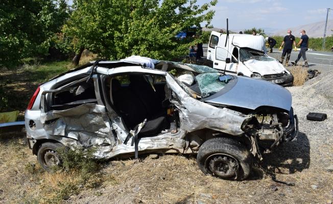 Malatya'da feci kaza! 3 ölü, 3 yaralı…