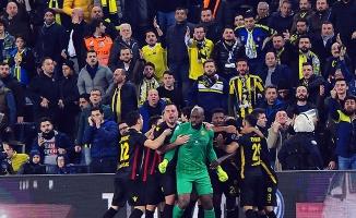 Evkur Yeni Malatyaspor deplasmanda mağlup oldu: 3-2
