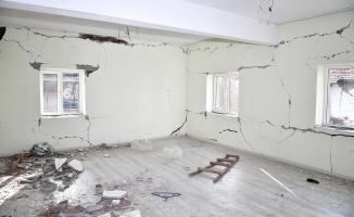 Malatya'da 4 bin 128 konut ağır hasar gördü!