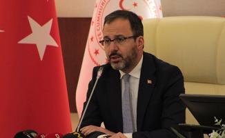Gençlik ve Spor Bakanı açıkladı! Ligler ertelendi!