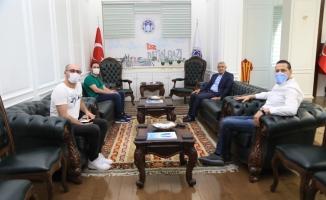 Yönetmen Çetin'den Başkan Güder'e ziyaret
