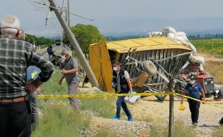 Malatya'da yük treni traktöre çarptı: 1 ölü, 2 yaralı