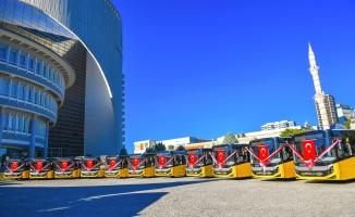 Büyükşehir, toplu taşıma araç filosunu güçlendirdi