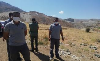Köylerine yakın taş ocağına isyan eden vatandaşlar eylem yaptı