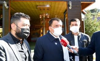 Gürkan, Sümer Park esnaflarının sorunlarını dinledi