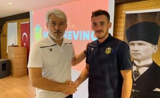 Yeni Malatyaspor stoper Mete Sevinç'le anlaştı