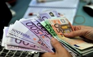 Rekor artış! Dolar 9.50'yi, Euro 11.00 TL'yi buldu!